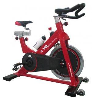 אופני ספינינג Cardio 180C , שילוב של גלגל תנופה כבד (18ק״ג) עם שלדה קשיחה הופכים את הקרדיו 180 למכונת אימונים אירובית מדהימה למכון כושר ביתי. וזאת מבלי להתפשר על מראה מרהיב