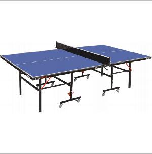 שולחן טניס לשימוש פנים Club Roller מבית Stiga